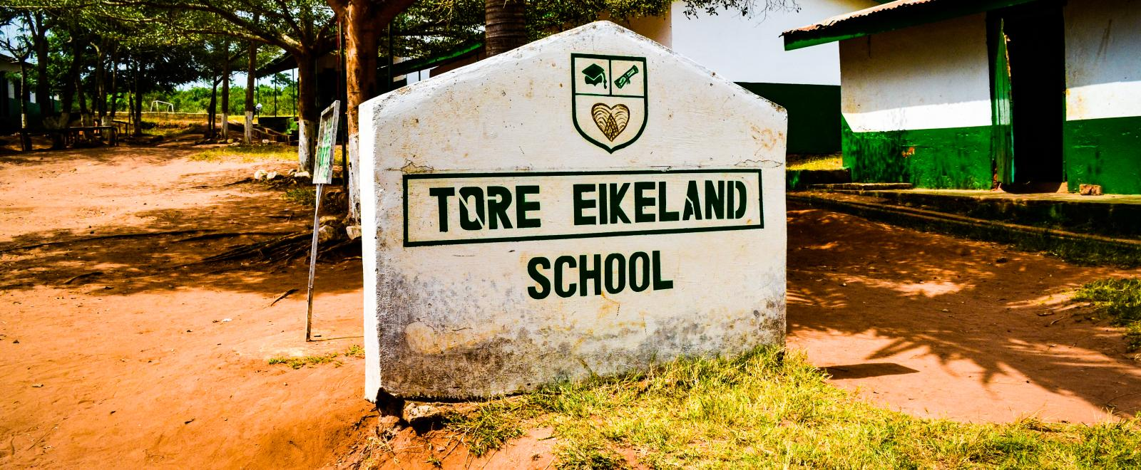 Sign standing outside Tore Eikeland School